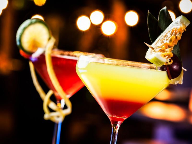 Cocktail nova atelier team building pour les seminaires entreprise sur st malo brest vannes caen cherbourg idéal pour les événem