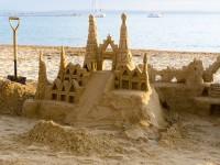 Château de sable pour atelier team building séminaire entreprise Saint-Malo, Vannes, Brest, Cherbourg, Deauville, La baule
