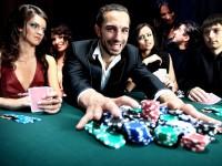 Tournoi poker pour animation groupe team building en séminaire entreprise sur Saint-Malo. Réalisation Nova