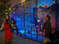 Décor corsaire et pirate en location sur Saint-Malo, Paris, Le havre. Prison, tonneau, cordage, bateau.