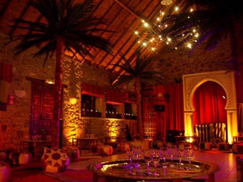 D cor oriental 1001 nuits st malo vannes le havre for L orient express salon marocain