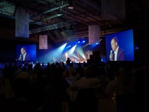 Nova prestation vidéo écran toile, écran led, pour les prestations événementielles sur St Malo, Dinard, Paris.