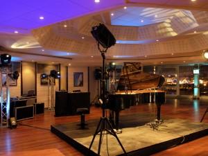 TV Show soirée de gala prestation comprenant : animation, décor, technique, sonorisation, éclairage.
